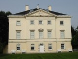 800px-Marble_Hill_House-River(south)front