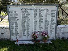 Fivizzano_monumento_del_cimitero_di_vinca_3 (1)