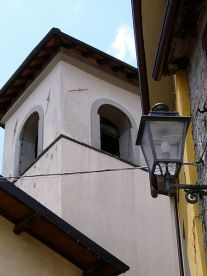 450px-Molazzana-chiesa_san_bartolomeo2